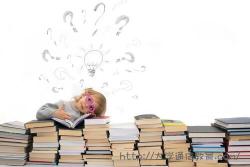 司書のなり方が複雑でよくわからない女の子。専門学校で司書資格は取得可能?